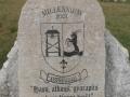 Milleniumi emlékmű a falu parkjában